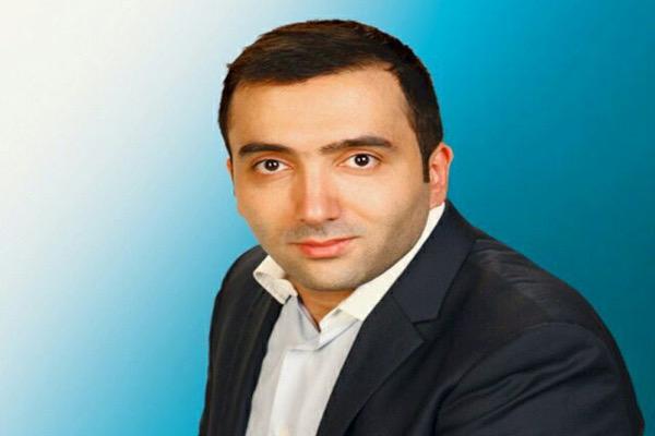 دکتر یحیی علوی
